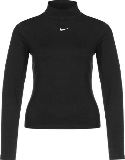 Sportswear Collection Essentials