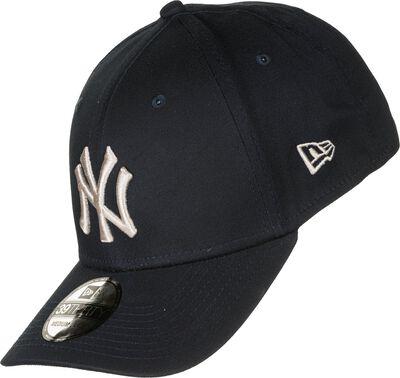 League Essential 39Thirty New York Yankees