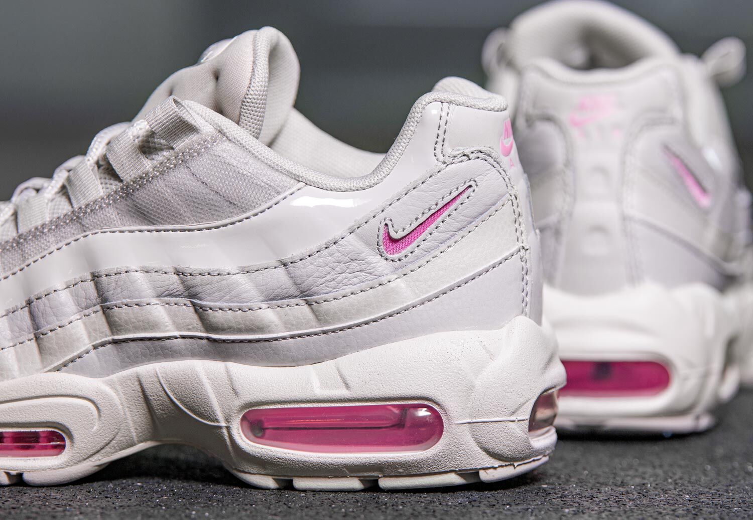 Air Max 95 SE W Baskets low Femmes chez Stylefile