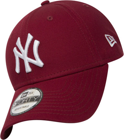 League Essential 9forty NY Yankees